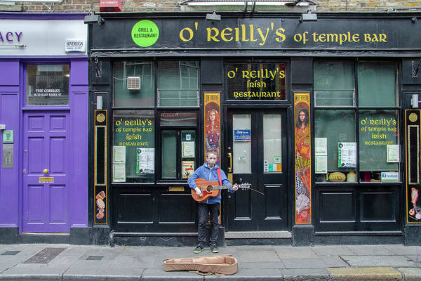 Photograph - Busking In Dublin - Oreillys Of Temple Bar by Bill Cannon