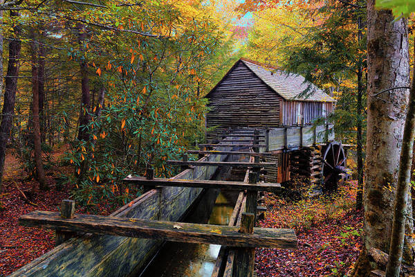 Photograph - Cades Cove Cable Mill by Greg Norrell