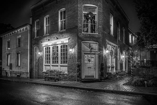 Warrenton Wall Art - Photograph - Cafe Bakery Tea Bw by Alfredo Alegrett