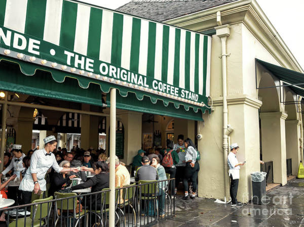 Cafe Du Monde Situation In New Orleans Art Print by John Rizzuto
