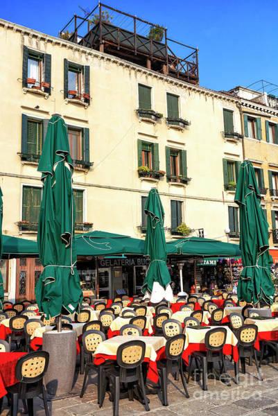 Photograph - Cafe Scene Venice by John Rizzuto