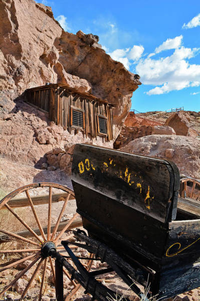Photograph - Calico Carriage by Kyle Hanson