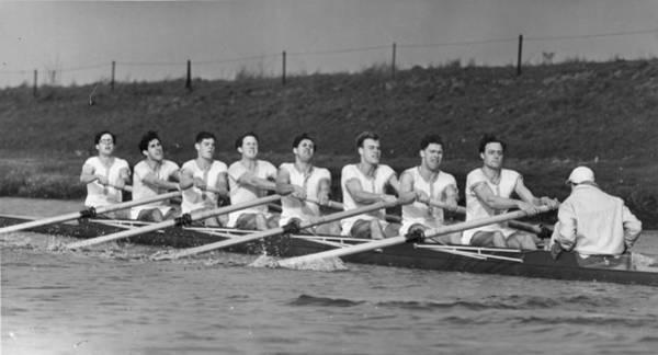 Oar Photograph - Cambridge Crew by William Vanderson