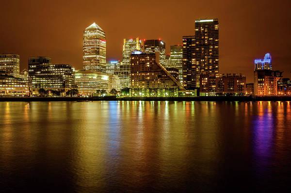 Canary Wharf Photograph - Canary Wharf by Scott Baldock