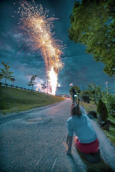 Photograph - Capturing The 4th by Thomas Gaitley
