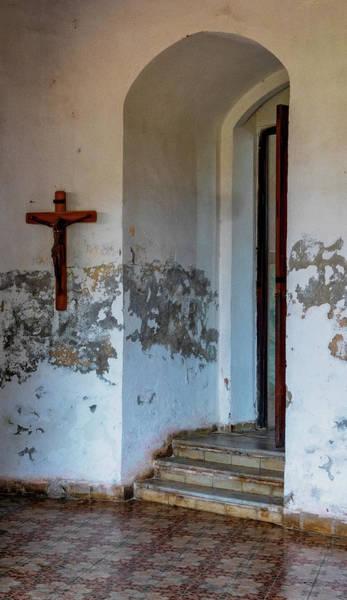 Photograph - Cardinas Church by Tom Singleton
