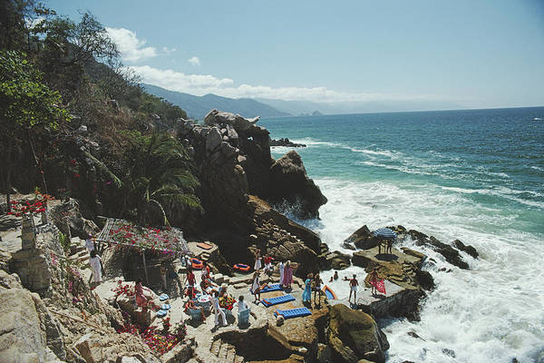 Coastline Photograph - Casa Las Estacas by Slim Aarons