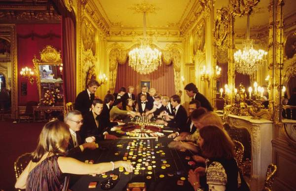 Crowd Photograph - Casino Life by Slim Aarons