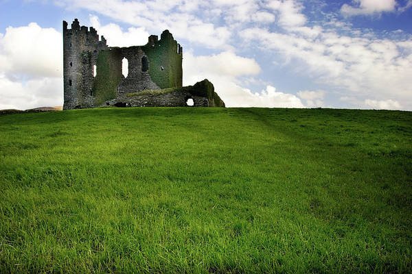 Knights Templar Photograph - Castle On Win Xp Hill by Caval