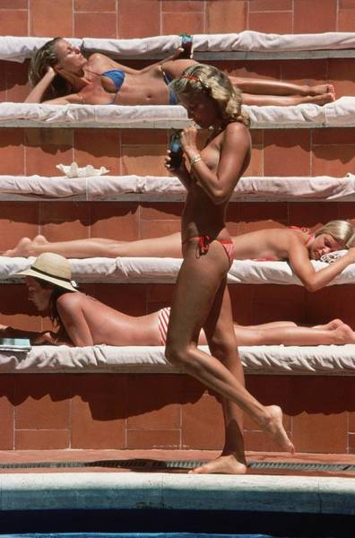 Swimming Photograph - Catherine Wilke by Slim Aarons