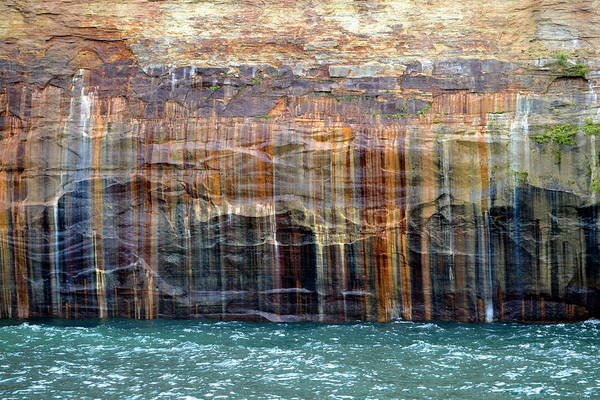 Lake Superior Photograph - Caves Of All Colors by Suzyqphotography