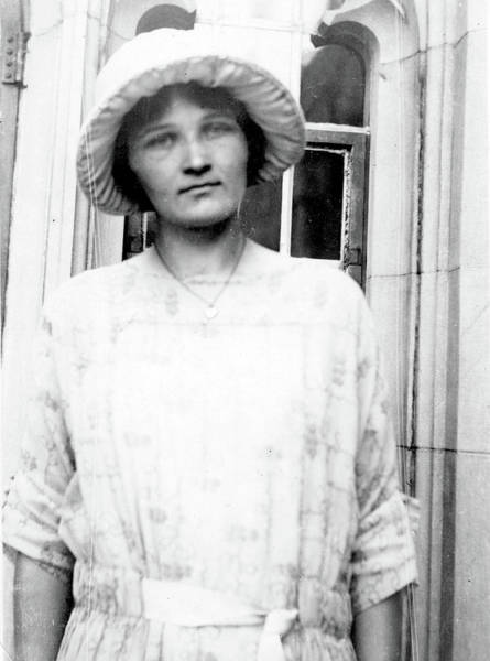 Wall Art - Photograph - Cecilia Payne-gaposchkin, American by Science Source