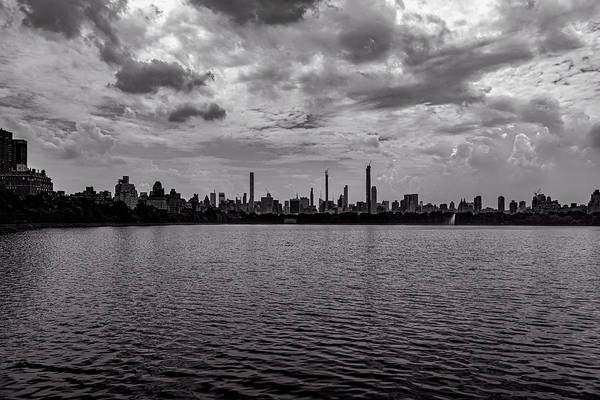 Photograph - Central Park Resevoir Looking South by Robert Ullmann
