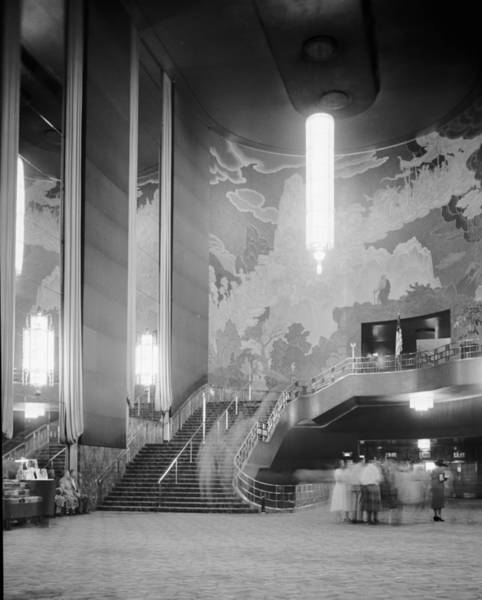 Radio City Music Hall Photograph - Chandelier by Douglas Grundy