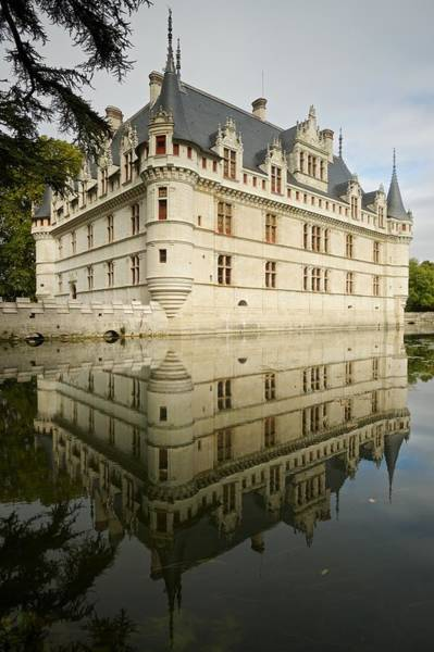 Photograph - Chateau Azay-le-rideau, by Stephen Taylor