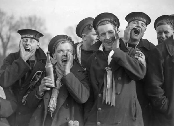 Spectator Photograph - Cheering Sailors by Fox Photos