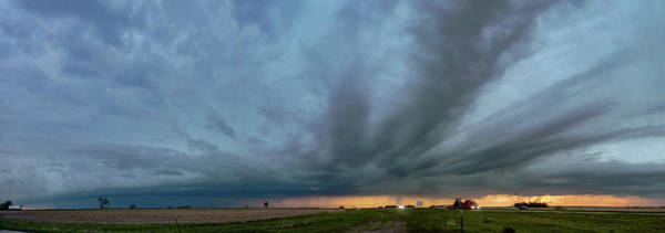 Photograph - Chester Nebraska Supercell 013 by Dale Kaminski