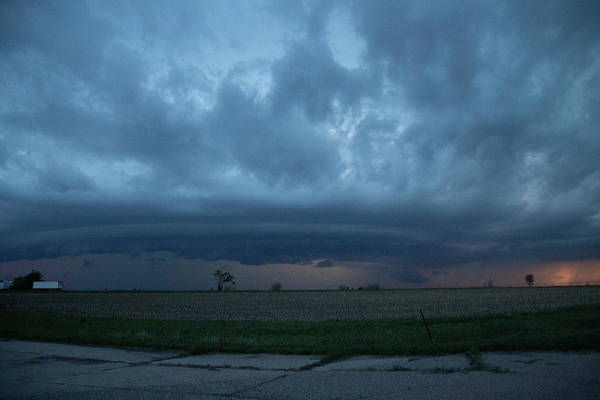 Photograph - Chester Nebraska Supercell 017 by Dale Kaminski