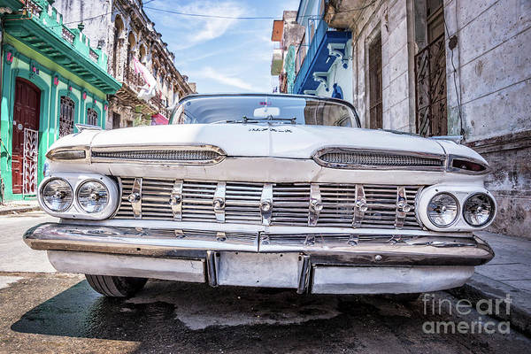 Wall Art - Photograph - Chevrolet Impala In Havana by Delphimages Photo Creations