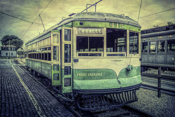 Wall Art - Photograph - Chicago Streetcar by Mike Burgquist