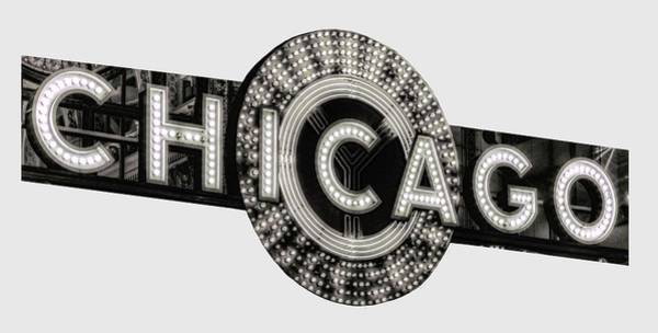 Wall Art - Photograph - Chicago Theater Marquee - T-shirt by Daniel Hagerman