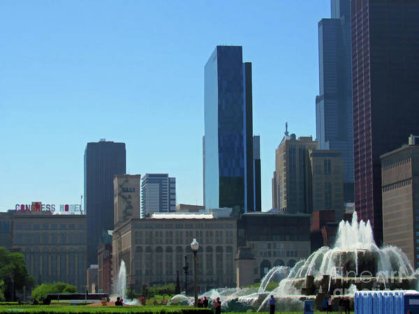 Photograph - Chicago With A Splash by Roberta Byram