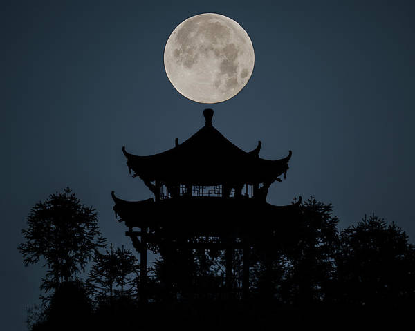 Photograph - China Moon by William Dickman