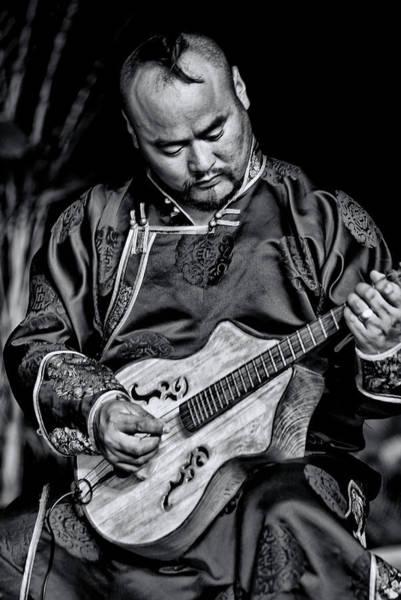 Photograph - Chinese Musician by Bill Jonscher
