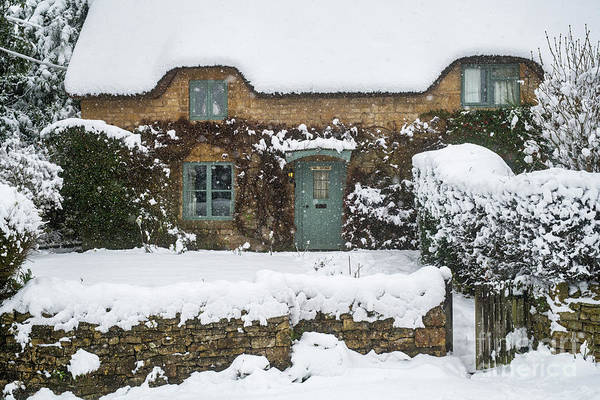 Wall Art - Photograph - Chipping Campden Thatched Cottage In Winter by Tim Gainey