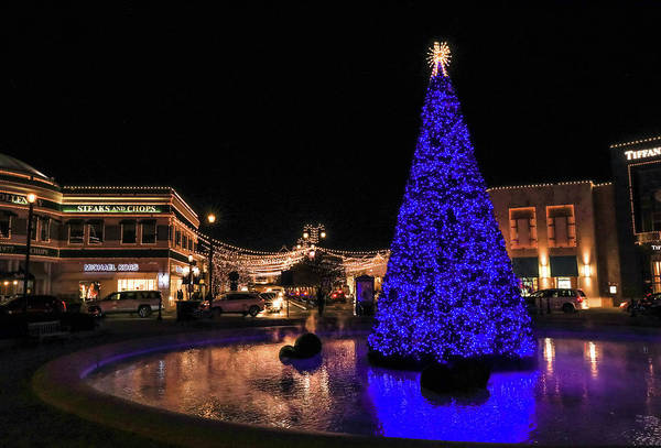 Photograph - Christmas At Easton Town Center by Dan Sproul