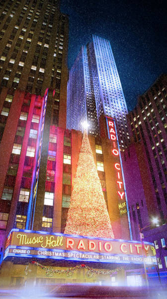 Rockettes Photograph - Christmas At Radio City Music Hall by Mark Andrew Thomas
