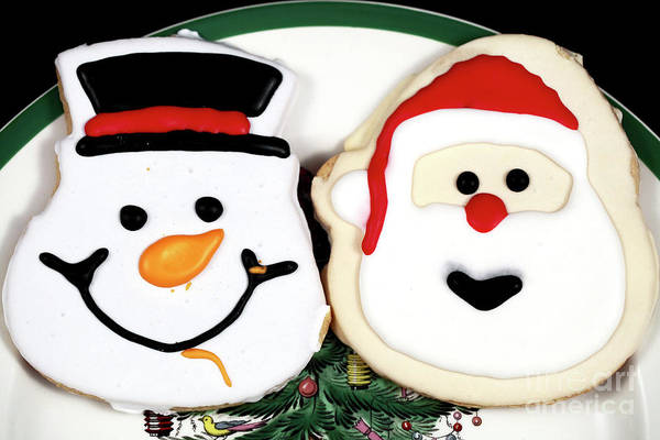Photograph - Christmas Cookies On The Plate by John Rizzuto