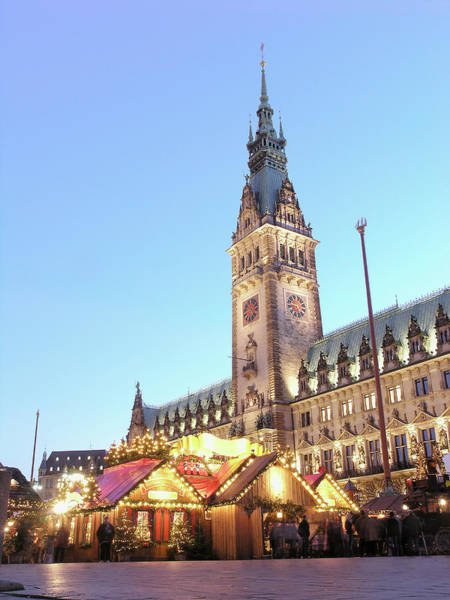 Market Place Photograph - Christmas Fair Near Town Hall, Hamburg by Walter Schiesswohl / Look-foto