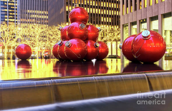 Photograph - Christmas Glow In New York City by John Rizzuto