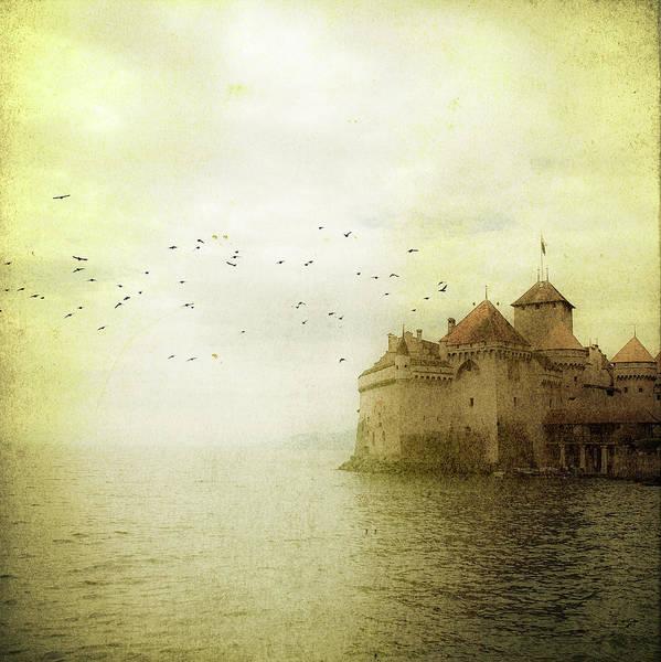 Lake Geneva Photograph - Château De Chillon by Tom