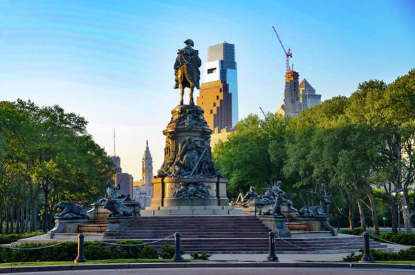 Wall Art - Photograph - Cityscape On Benjamin Franklin Parkway by Bill Cannon
