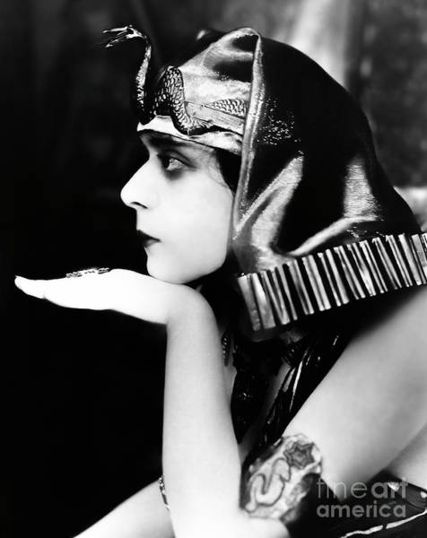 Wall Art - Photograph - Cleopatra by American School