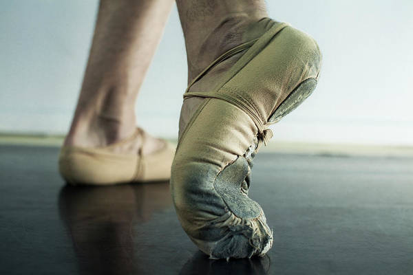 Practice Photograph - Close Up Of Ballet Dancers Feet In Toe by Patrik Giardino