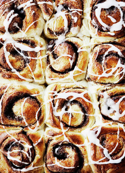 Vertical Line Wall Art - Photograph - Close Up Of Tray Of Cinnamon Buns by Cultura Rm Exclusive/line Klein