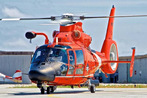 Wall Art - Photograph - Coast Guard Helicopter by Hayman Tam