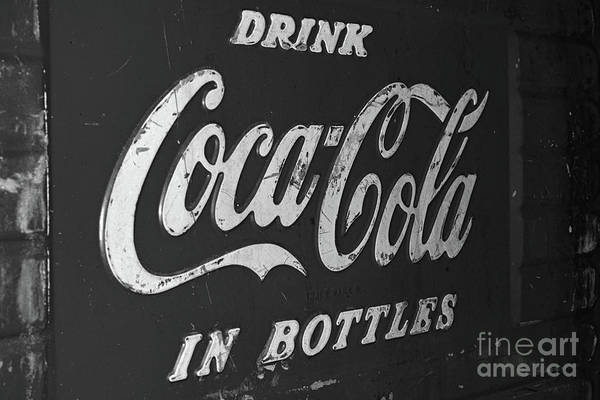 Wall Art - Photograph - Coca-cola 1950s Cooler Black And White by Paul Ward