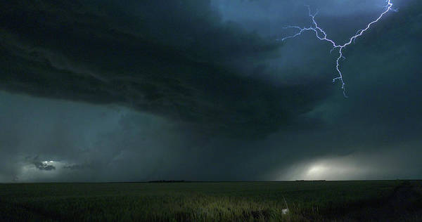 Photograph - Colorado Kansas Storm Chase 038 by Dale Kaminski