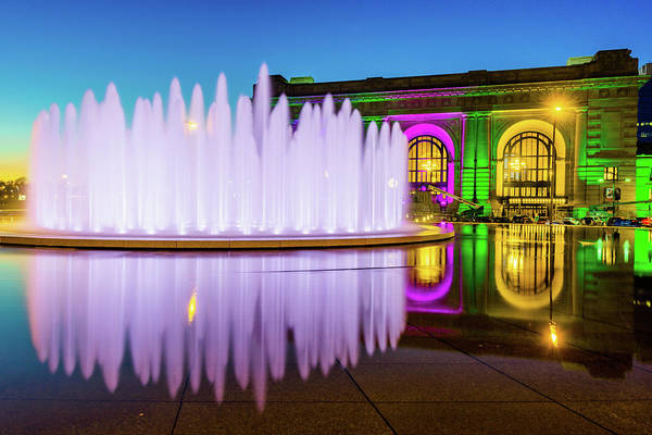 Photograph - Colorful Union Station And Wollman Bloch Fountain - Kansas City by Gregory Ballos