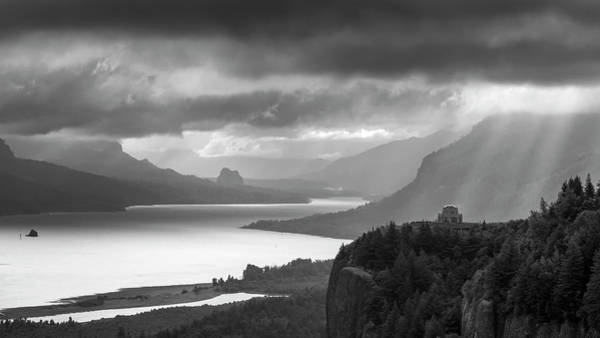 Photograph - Columbia River Gorge Crown Point by Harriet Feagin