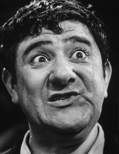 Hackett Photograph - Comedian Buddy Hackett.  Photo By Yale by Yale Joel