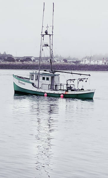 Photograph - Fishing Boat Coming Home by Deahn      Benware