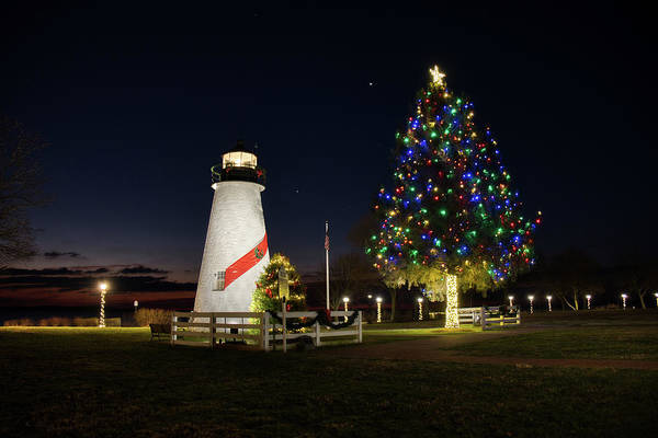 Photograph - Concord Point At Christmas by Mark Dodd