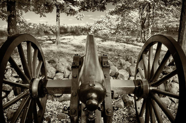 Photograph - Confederate Cannon Aiming At Enemy by Paul W Faust - Impressions of Light