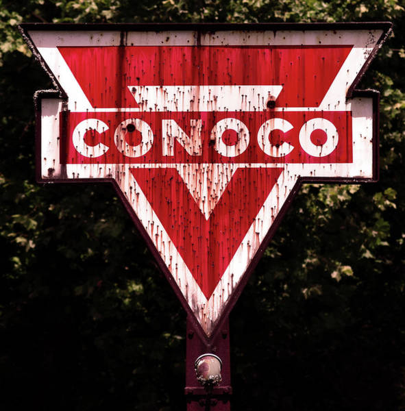 Wall Art - Photograph - Conoco by Pat Turner