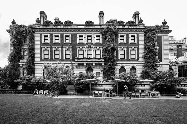 Photograph - Cooper Hewitt Museum by Michael Gerbino